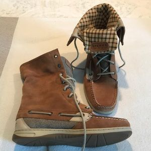Sperry Top-Sider suede boots